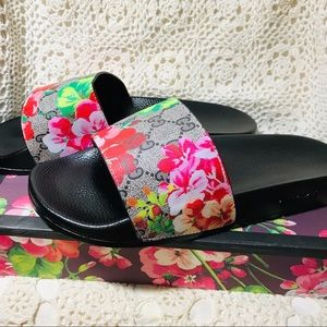 Gucci Supreme Blossom Slides Size 10. New in Box🌺